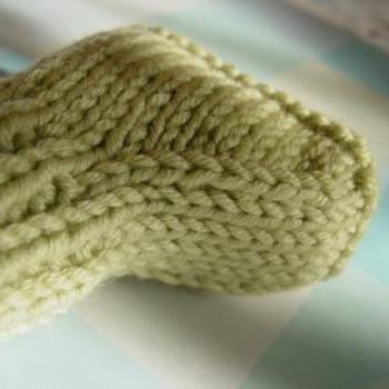 Sweet Little Booties, Two Needle Version, pdf format (PATTERN ONLY)